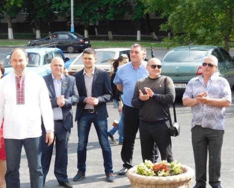 Соколов, Горностай и верные однопартийцы